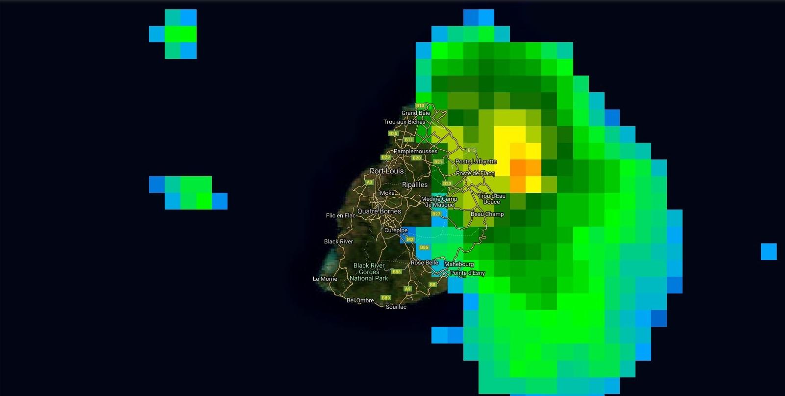 Satellite à 07h. Zone la plus active au large de Poste de Flacq.