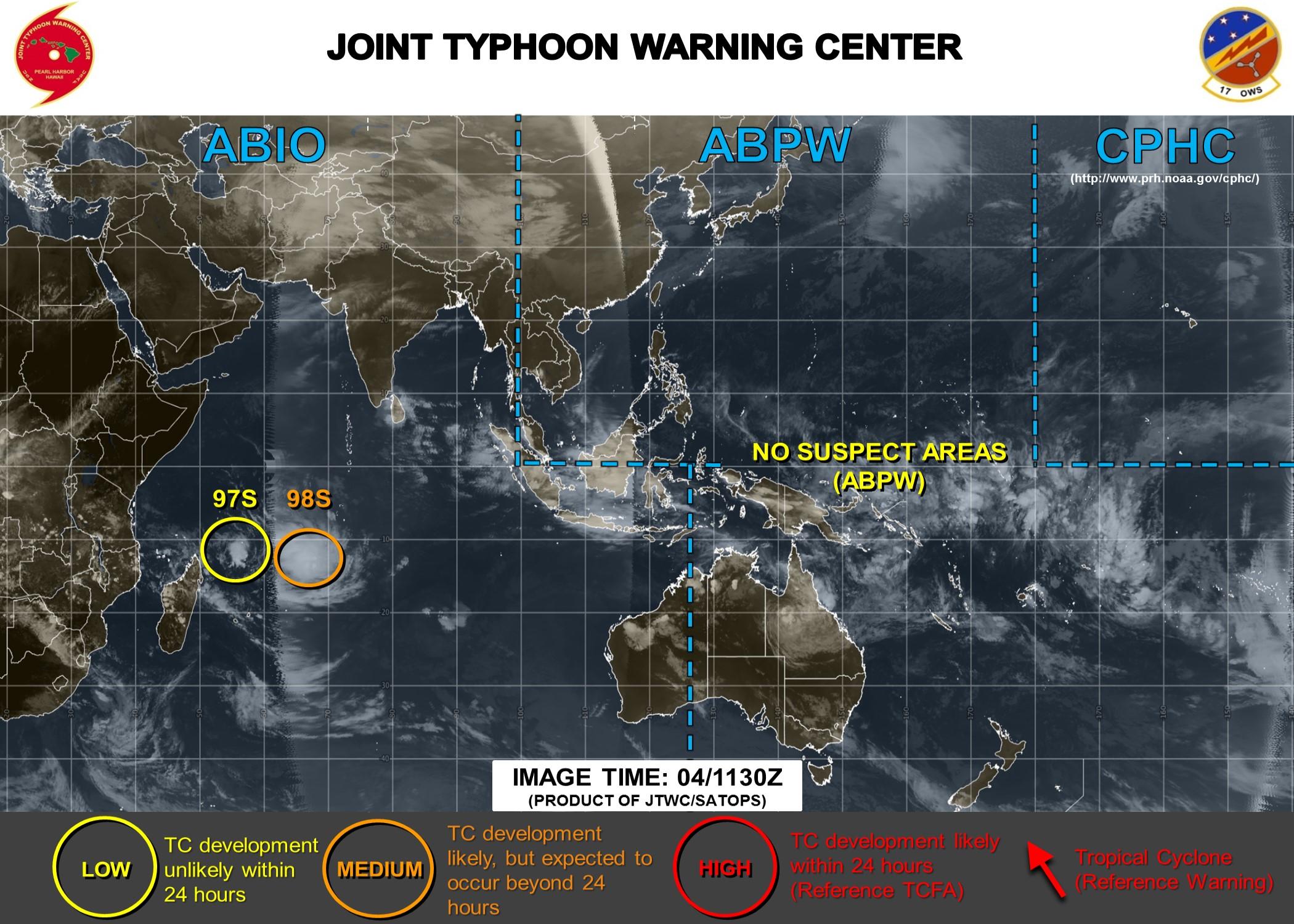 98S et 97S sont sur les cartes du Joint Typhoon Warning Center qui estime les chances de développement de 98S supérieures à courte échéance. 97S pourrait s'intensifier à moyenne échéance.