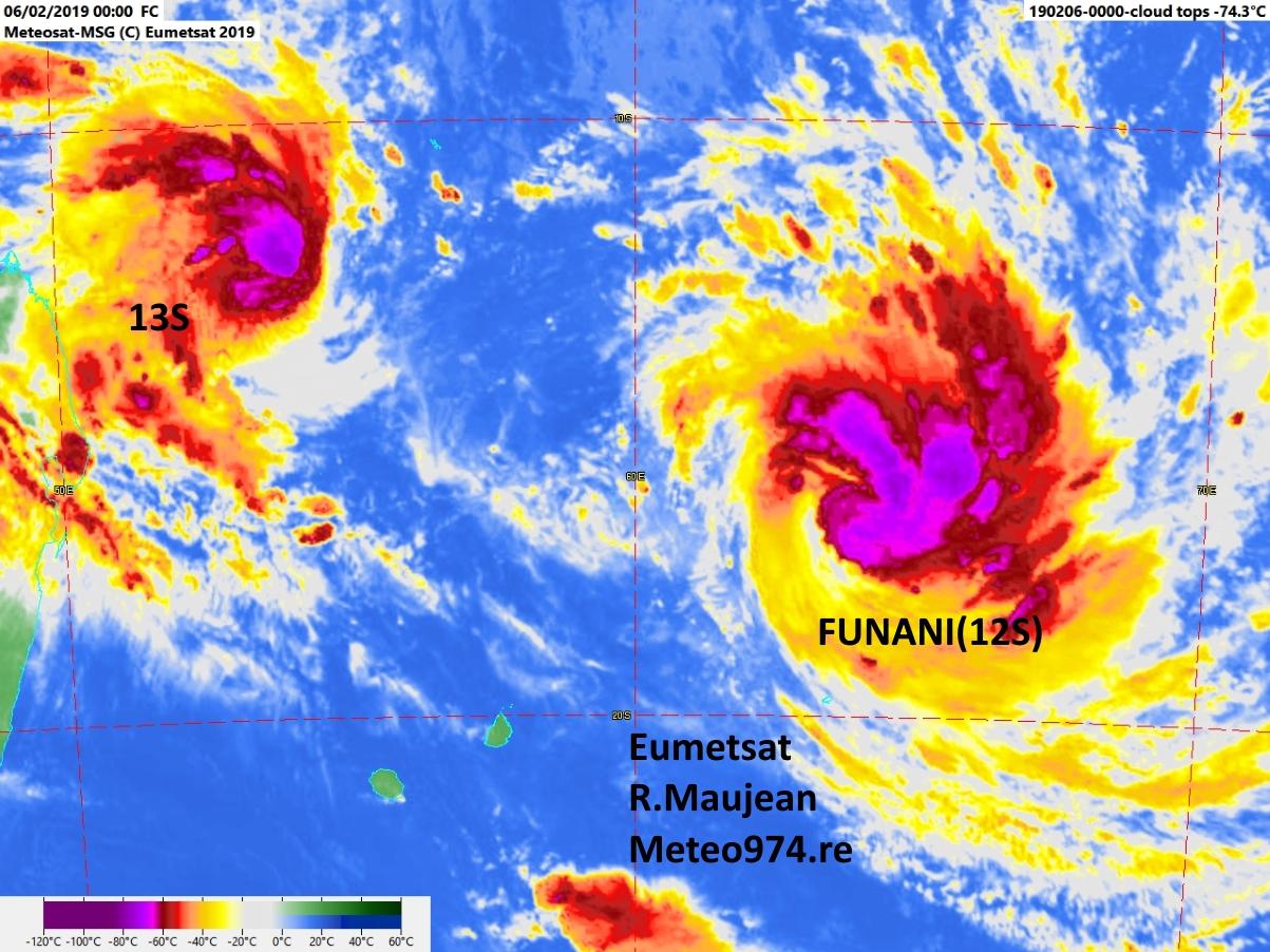 FUNANI(12S) et 13S ce matin à 04H. R.Maujean.