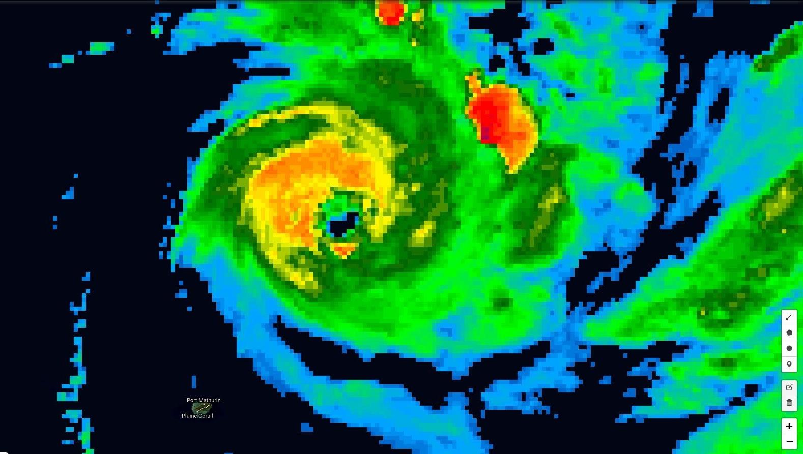 Photo satellite de 22h.