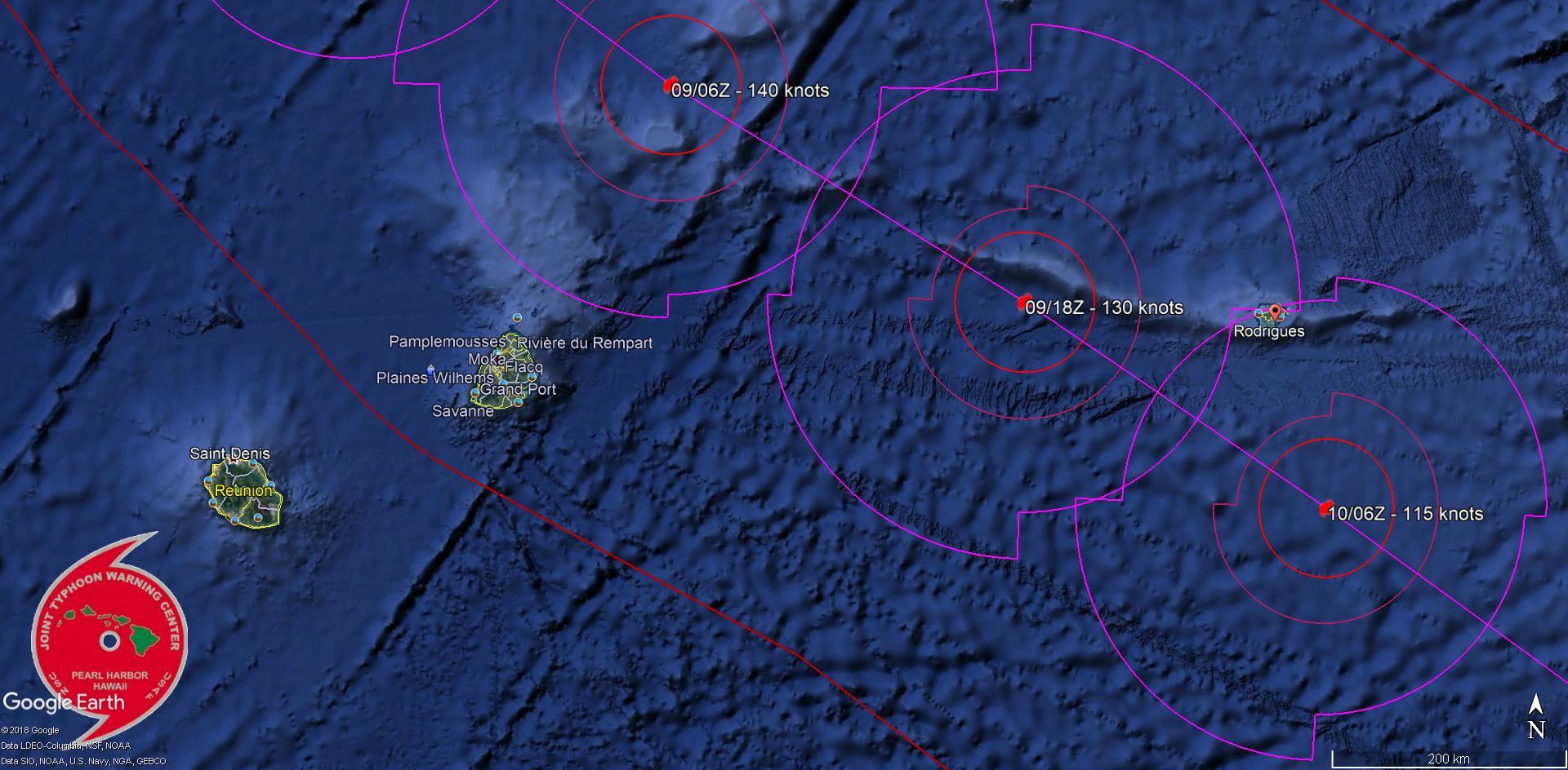 Prévisions de trajectoire et d'intensité du JTWC. Le cyclone intense voire très intense GELENA pourrait passer à environ 230km de Maurice et une centaine de kms de Rodrigues. La prévision sera ajustée en temps réel toutes les 6 heures.