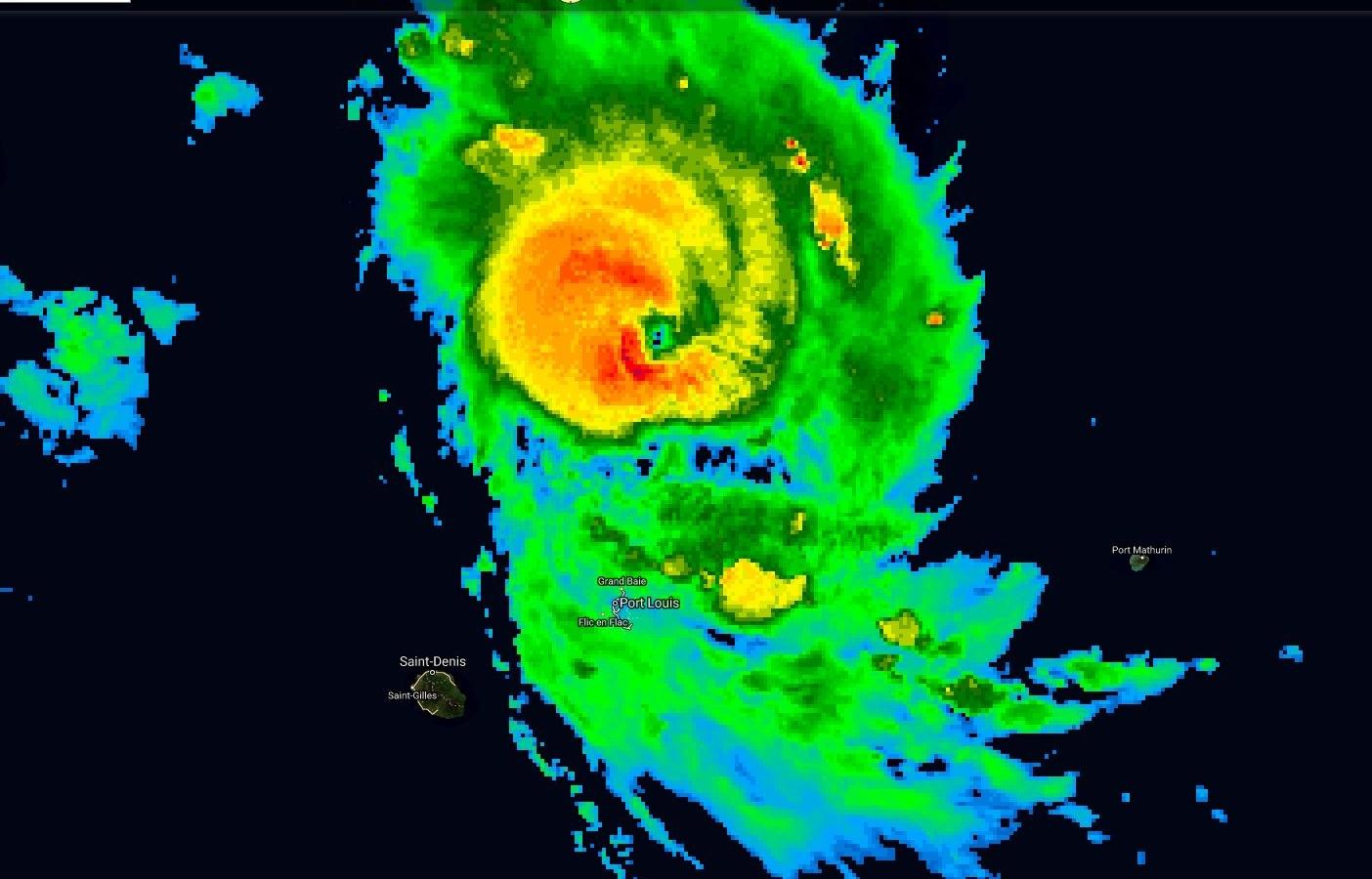 Photo satellite de 06h.