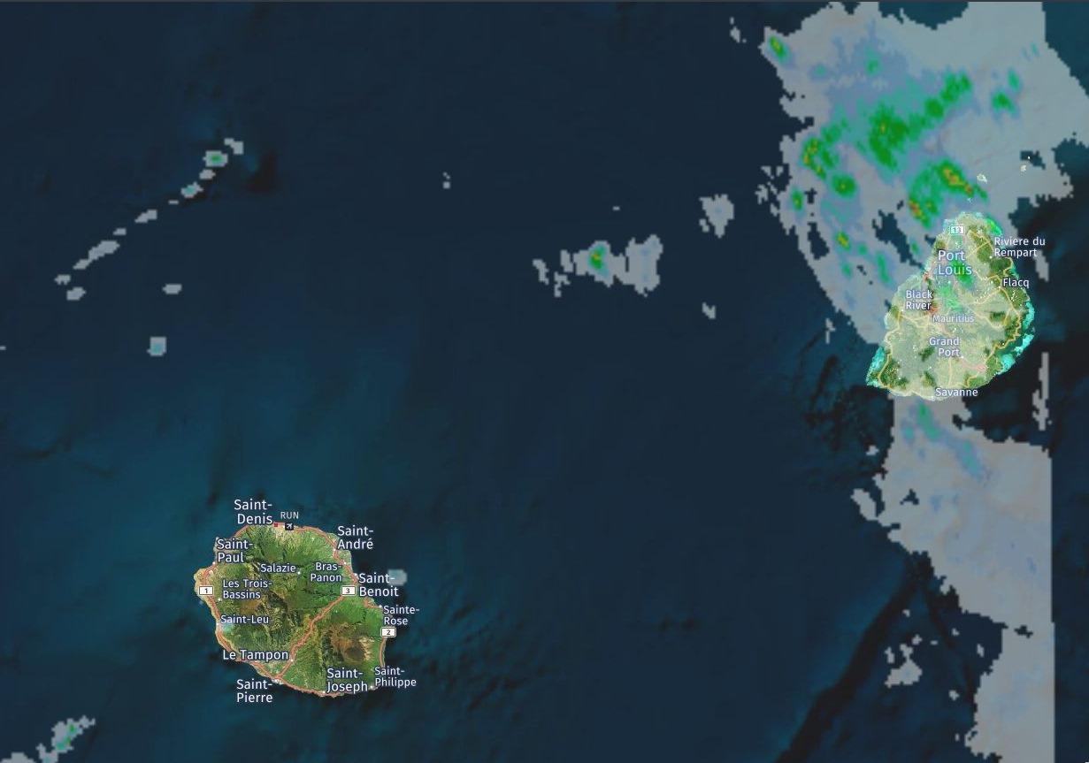 Radars de Météo France/Réunion à 11h43. Crédit image: https://www.meteoi.re/