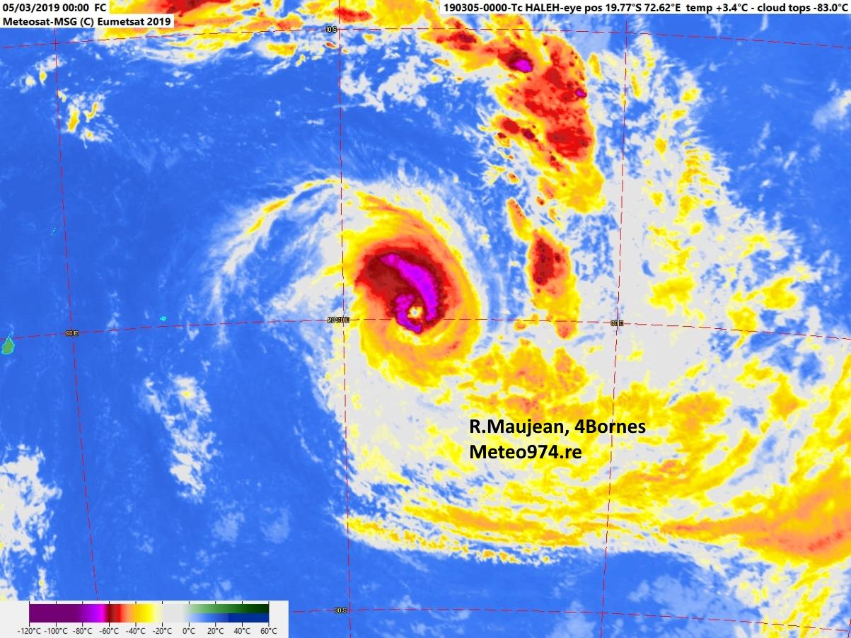 Photo satellite de 4h.