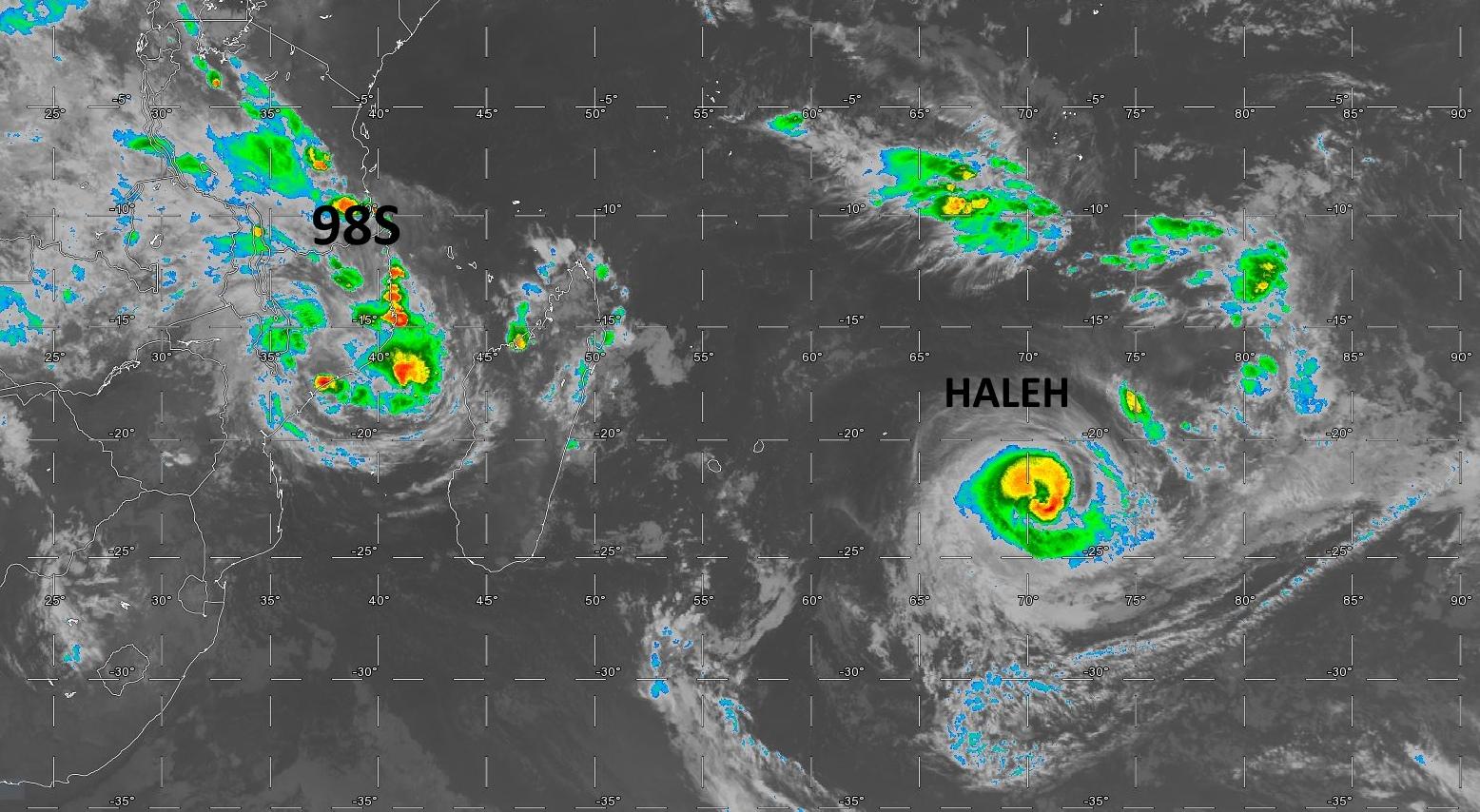 Les deux systèmes capturés par satellite à 07heures.