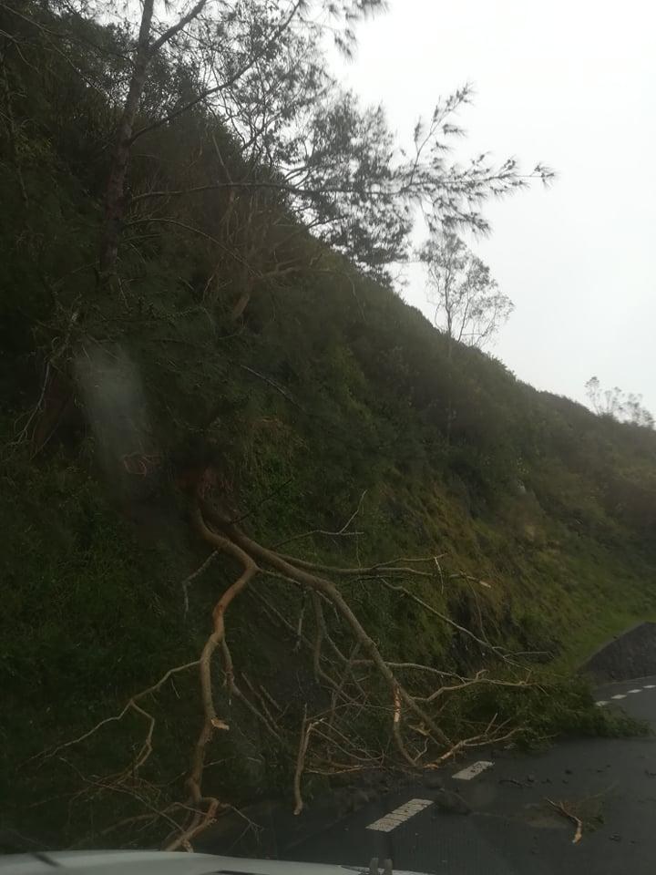 Rodrigues: le cyclone intense JOANINHA s'éloigne, quelques photos sur place ce matin