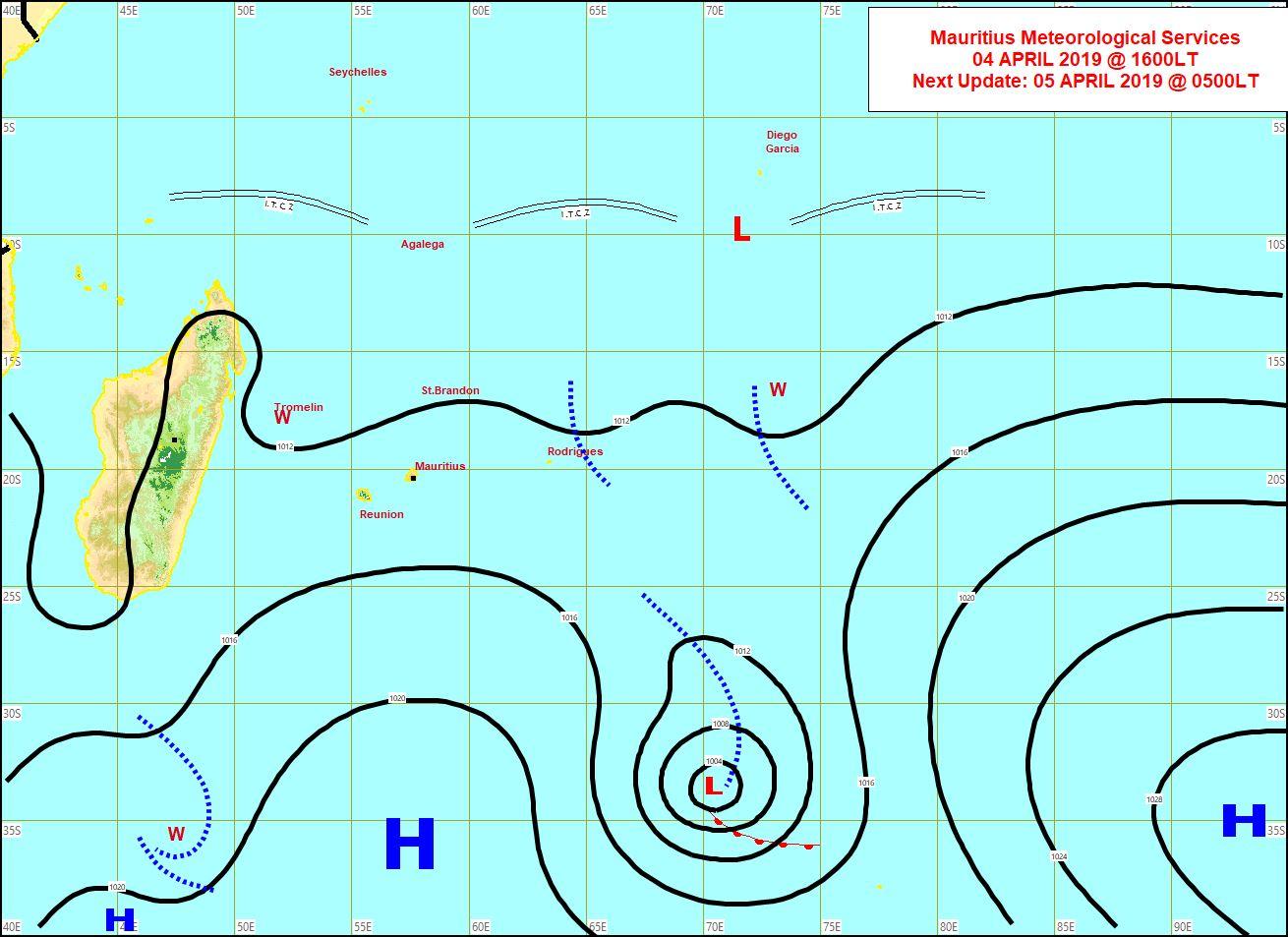 Une faible ligne d'instabilité s'approche de Rodrigues par l'est.