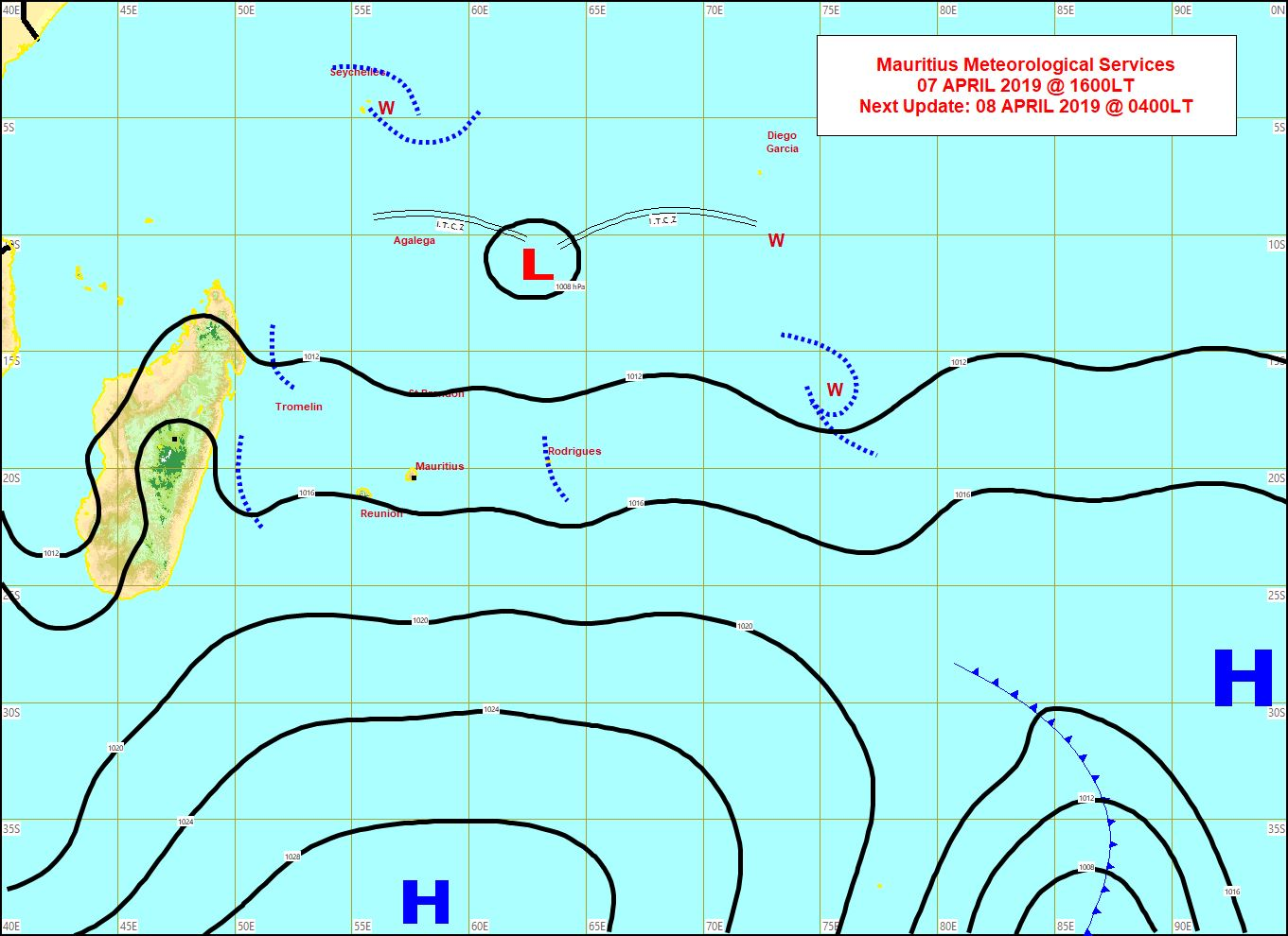 Les vents d'est sud-est sont modérés à assez forts sur les Mascareignes. Ils devraient devenir nettement plus humides la semaine prochaine. Carte MMS de 16h.