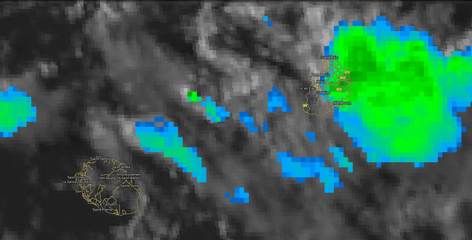17heures: des nuages actifs se forment rapidement et touchent Maurice et les régions est de la Réunion.