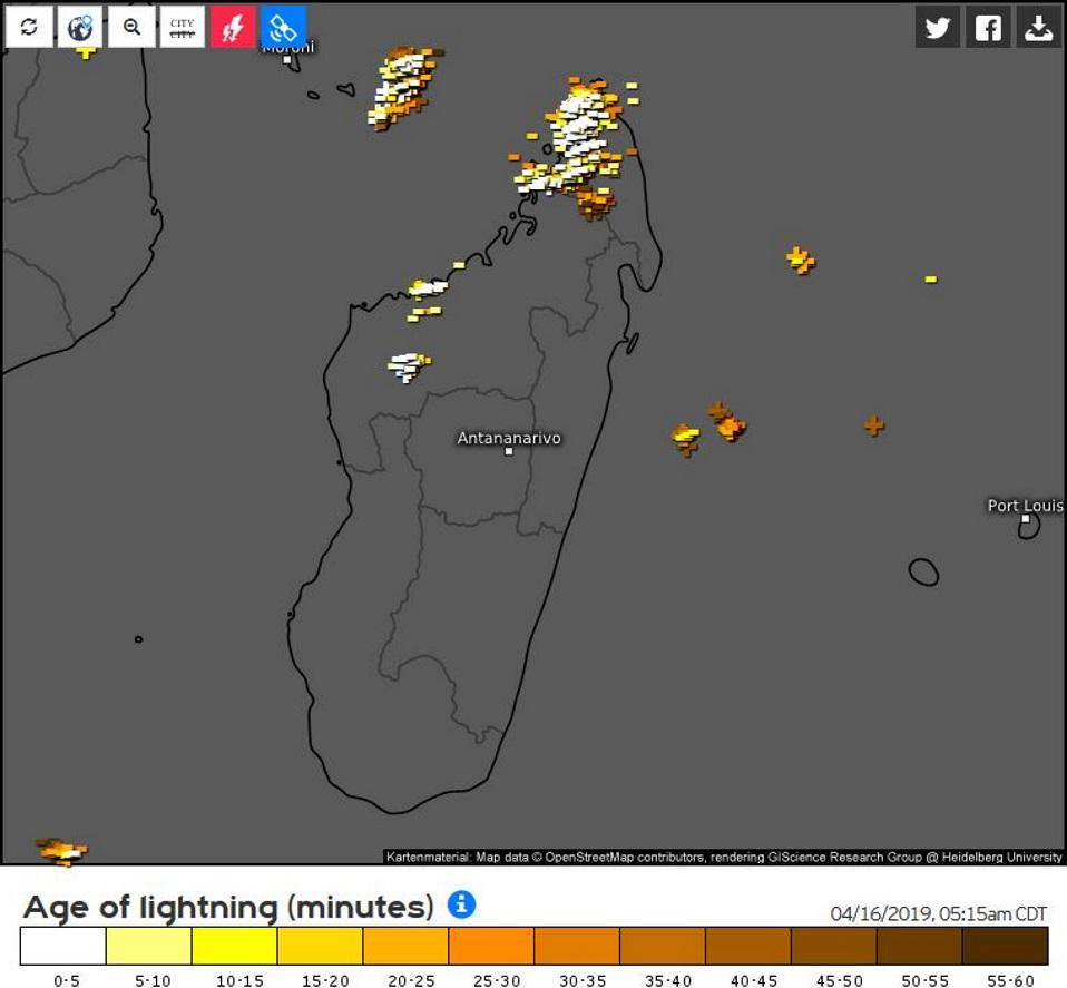 Conditions très orageuses sur la pointe nord de la Grande Ile et partiellement sur les Comores. Image de 13h15/Mada.