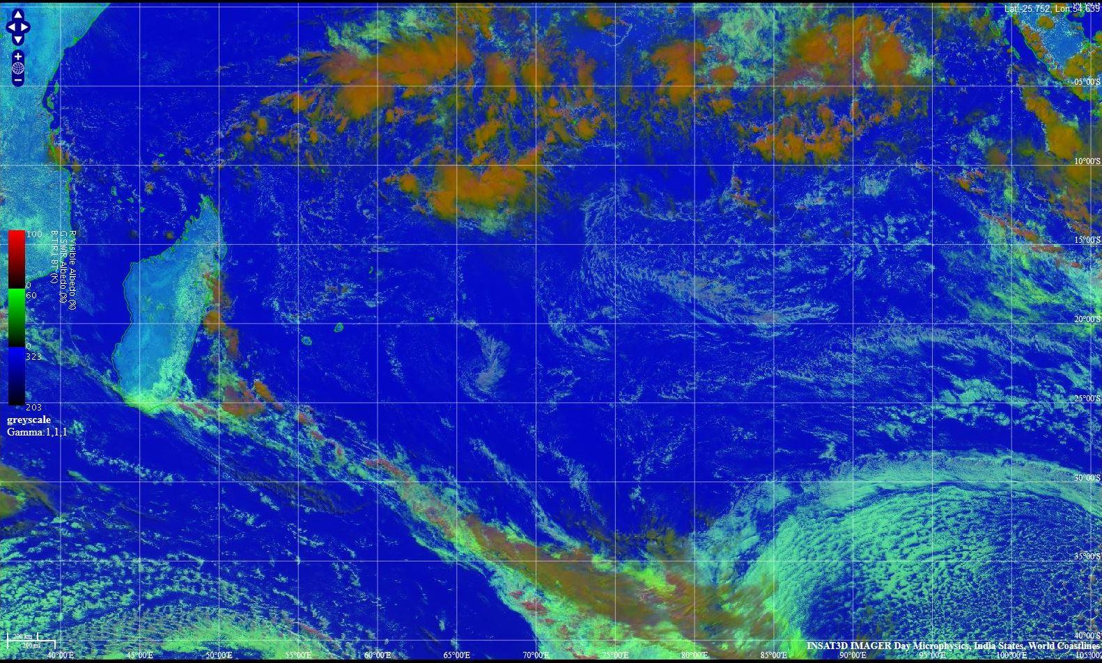 La zone vue par le satellite Insat3d à 11h30. La zone de convergence intertropicale(ZCIT) a repris ses quartiers. IMD