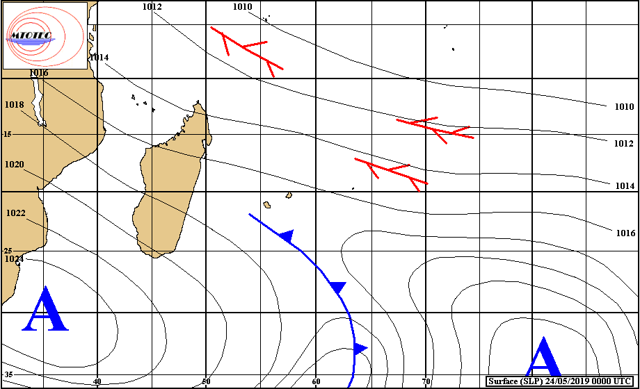 Situation en surface analysée à 4heures ce matin. Un anticyclone s'approche de notre région par le sud-ouest. MTOTEC