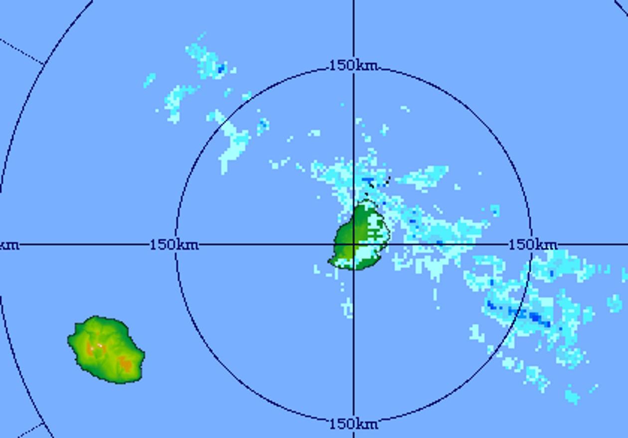 06h11: Image du radar de Trou Aux Cerfs. Progressivement les averses devraient devenir moins fréquentes. Crédit image: MMS