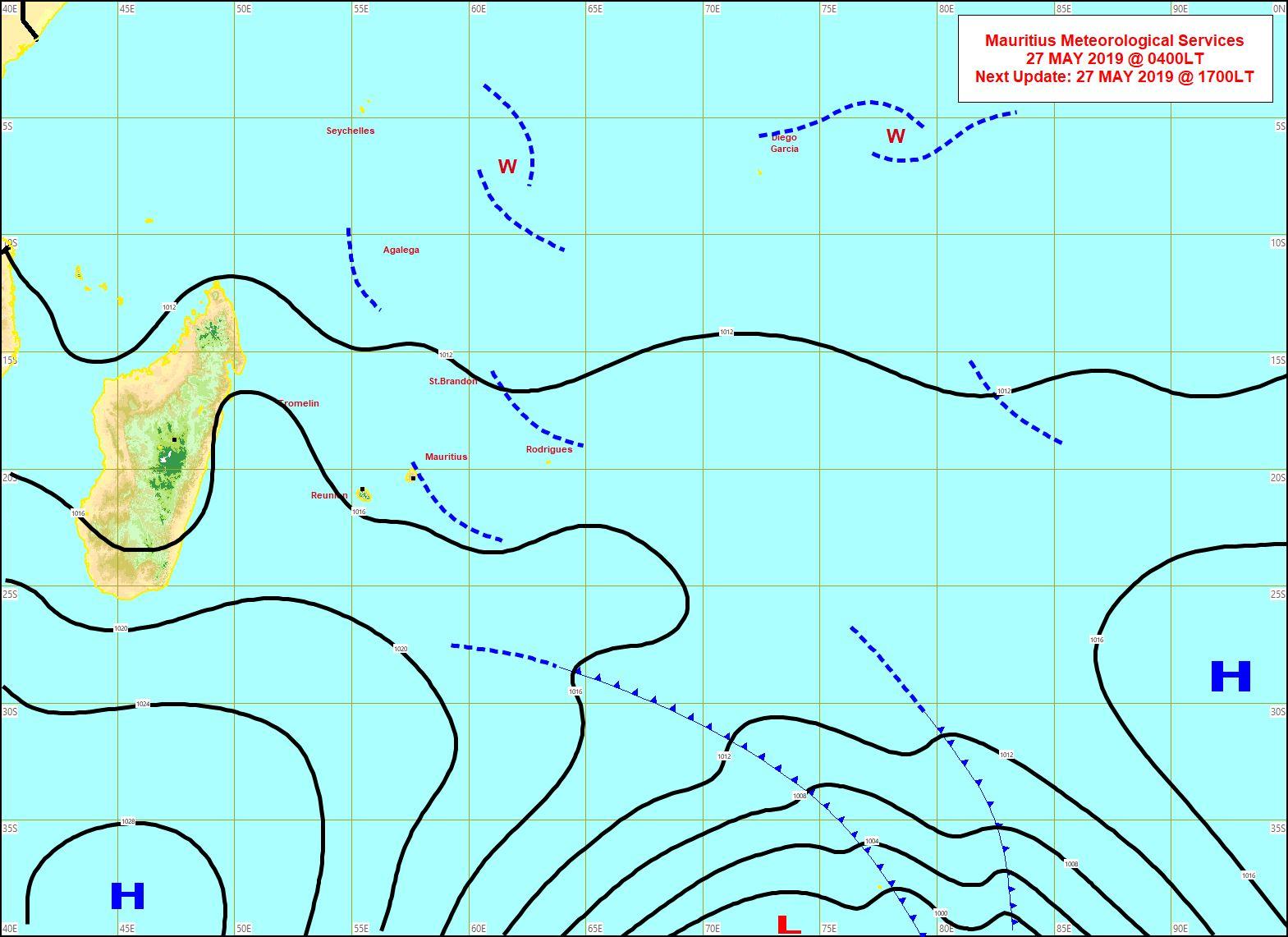 Analyse de la situation en surface ce matin à 4heures. L'anticyclone se positionne lentement au sud des Mascareignes. MMS/Vacoas.