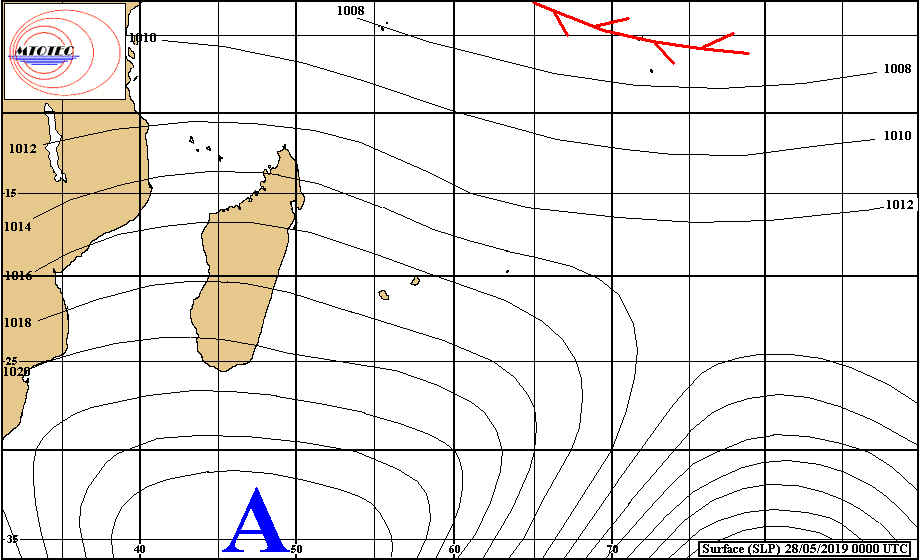 Analyse de la situation en surface à 4heures ce matin. L'anticyclone assez fort se positionne pratiquement au sud des Mascareignes ou l'alizée se renforce. MTOTEC