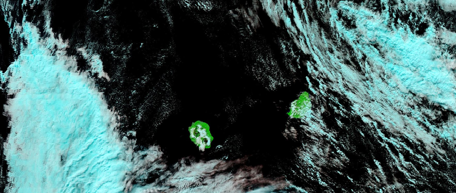 Noaa 20 à 13h48. Averses en mer au nord-est de MAURICE et à l'ouest de la REUNION. NASA US