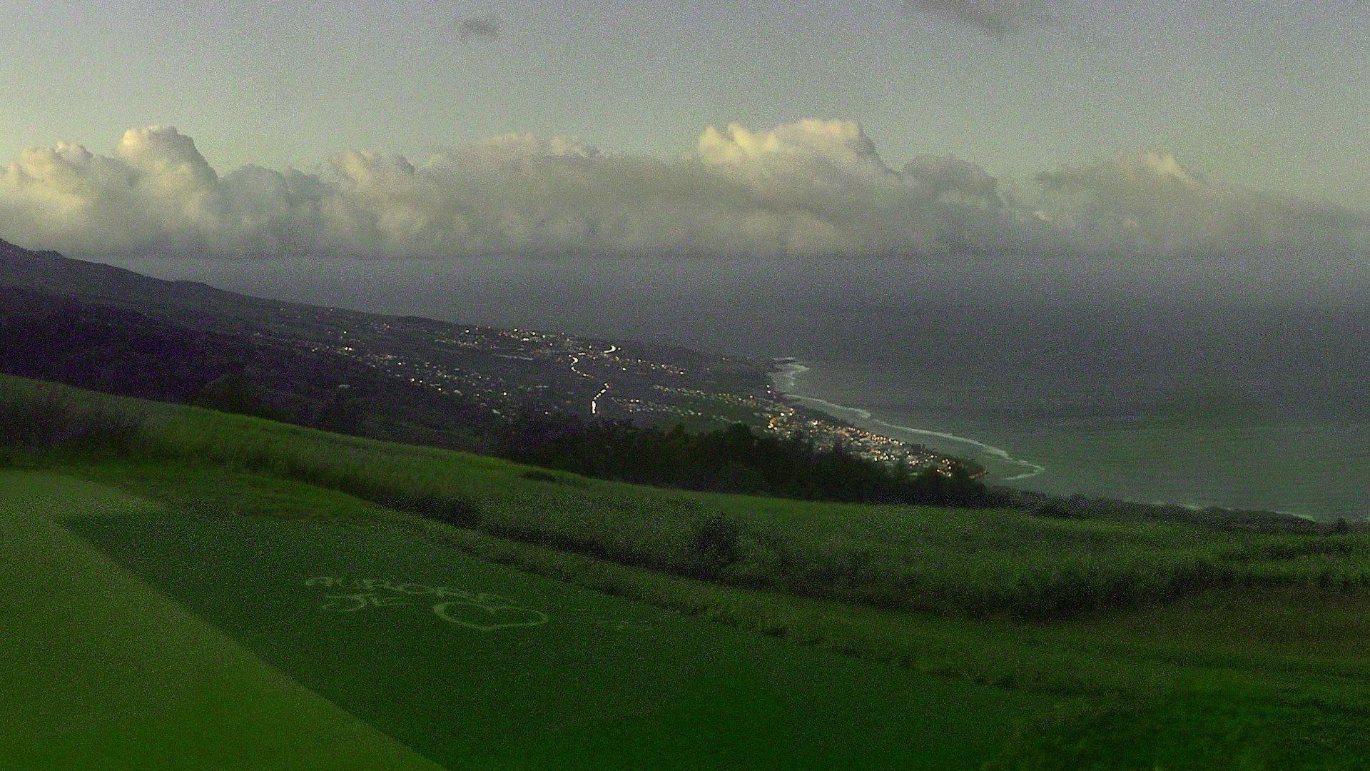 06h30. Webcam des Colimaçons. Le jour se lève sur Saint Leu. Météo Réunion.