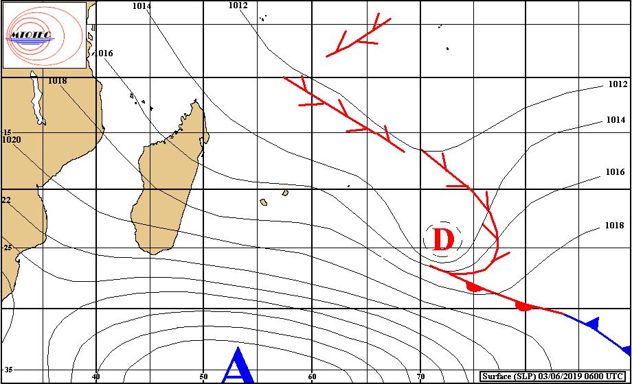 Analyse de la situation de surface à 4heures ce matin. L'anticylone fait circuler des alizés rapides sur la Réunion. MTOTEC