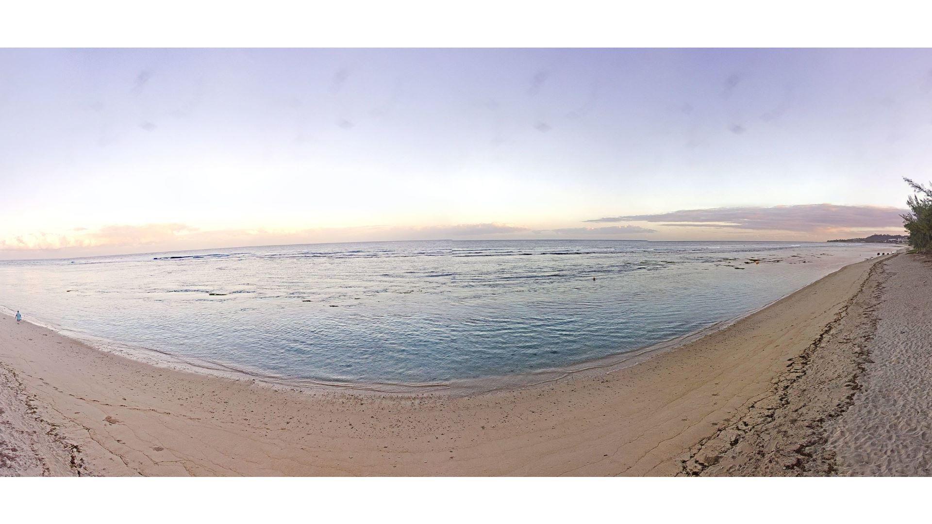 Belle journée en perspective sur les plages de l'ouest réunionnais. Météo Réunion.
