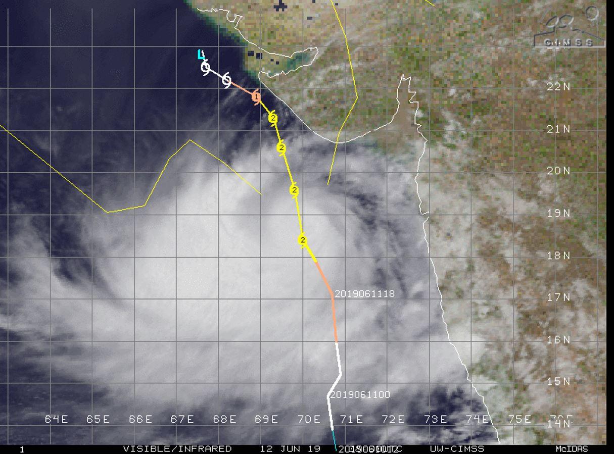 Arabian Sea: TC VAYU(02A) category 2 US, peaking within 24hours, gradually approaching Porbandar/Gujarat