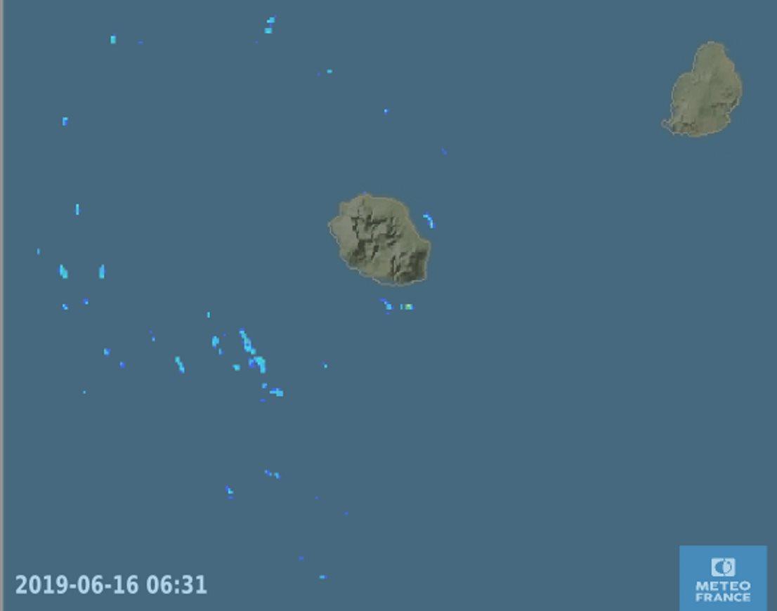 06h31: les radars montrent quelques entrées maritimes possibles sur l'Est et le Sud tôt ce matin. METEO FRANCE