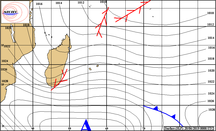 Situation de surface analysée ce matin. L'anticyclone de 1040hpa est positionné au sud de nos îles. Au nord près des Seychelles et d'Agaléga des conditions instables voire orageuses sont encore observées en ce mois de Juin. MTOTEC