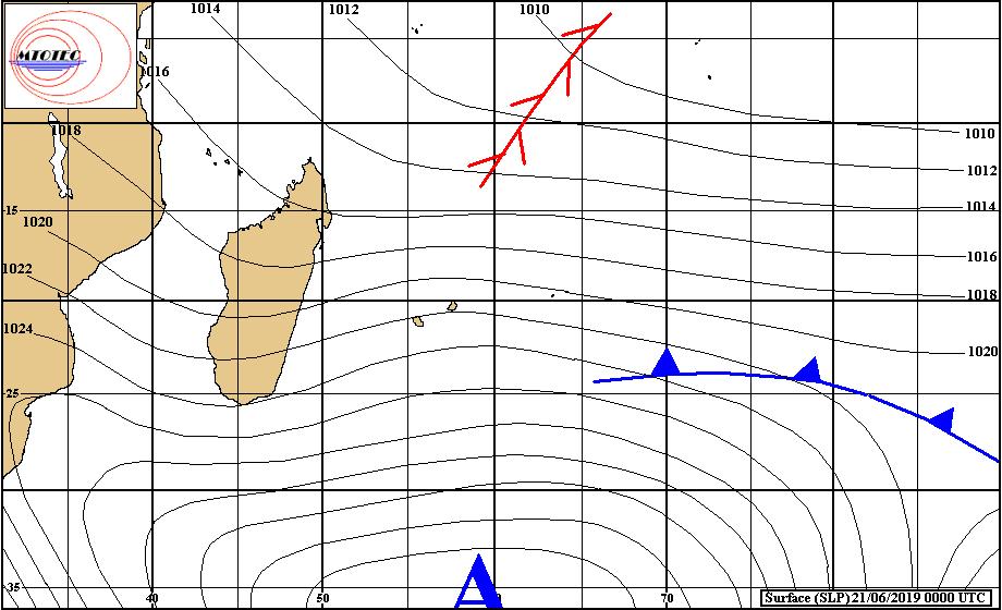 Analyse de la situation de surface ce matin. L'anticyclone domine sur notre région. Néanmoins forte instabilité pour la saison à Agaléga avec 48mm ces dernières 24heures. MMS