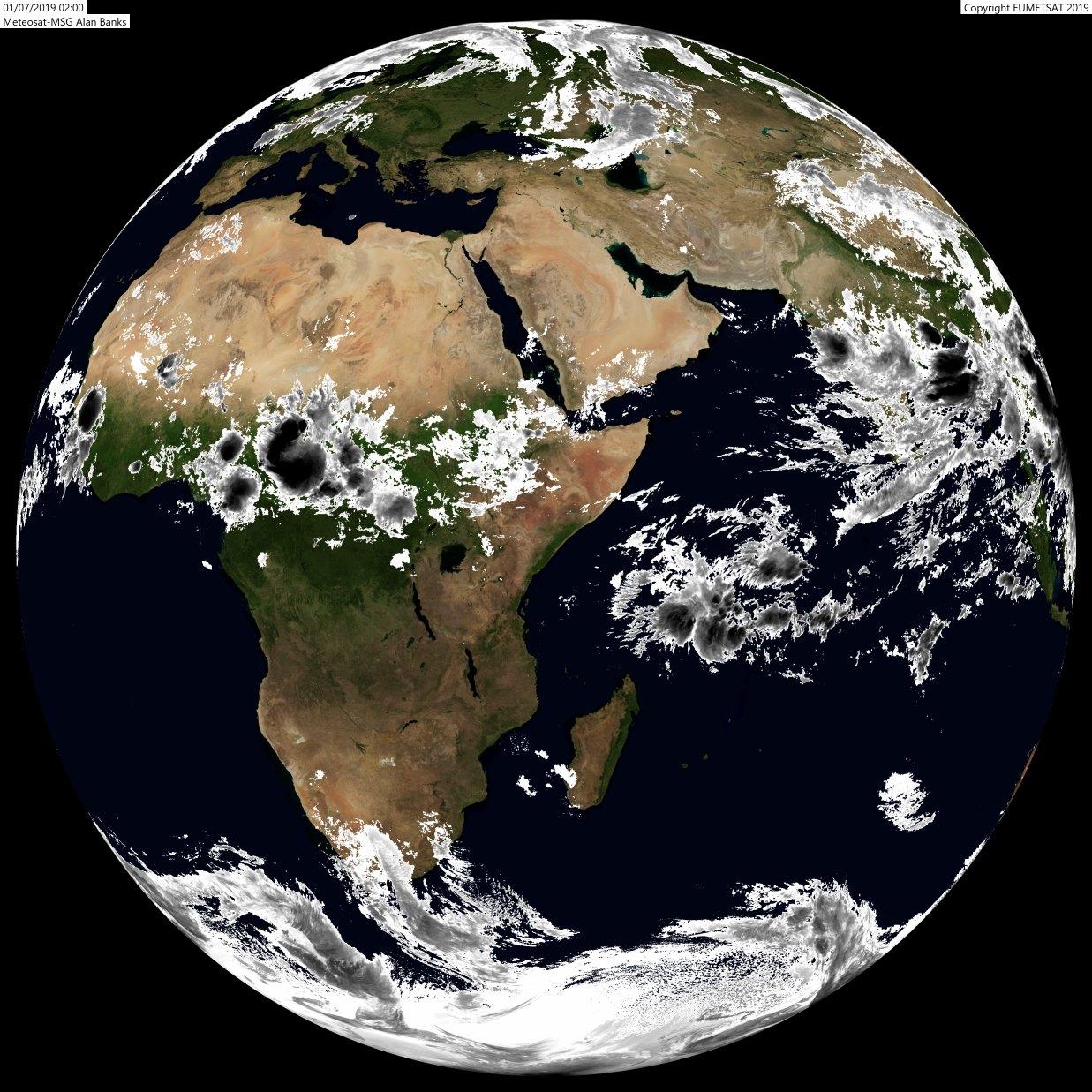 Globe Météosat de 6heures: le nouveau mois débute classiquement. Aucune perturbation près des Mascareignes, les hautes pressions dominent et les systèmes frontaux sont coincés loin au sud de chez nous pour le moment. A.BANKS