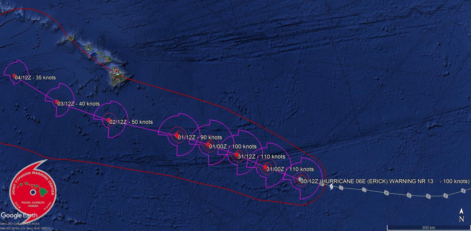 La trajectoire prévue. Un passage à 260km au Sud des îles Hawaii est envisagé dans 3 jours mais à une intensité fortement réduite. JTWC