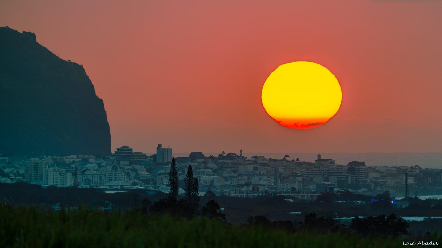 Magnifique coucher de soleil sur Saint Denis