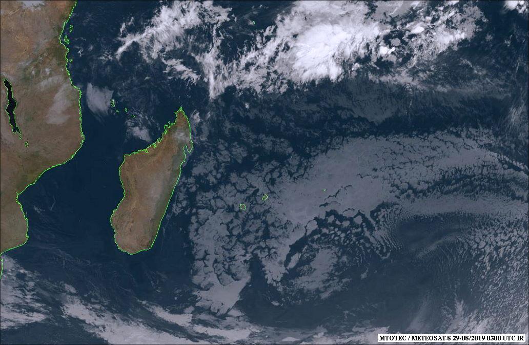 Photo satellite Météosat centrée sur notre zone ce matin à 7h. MTOTEC