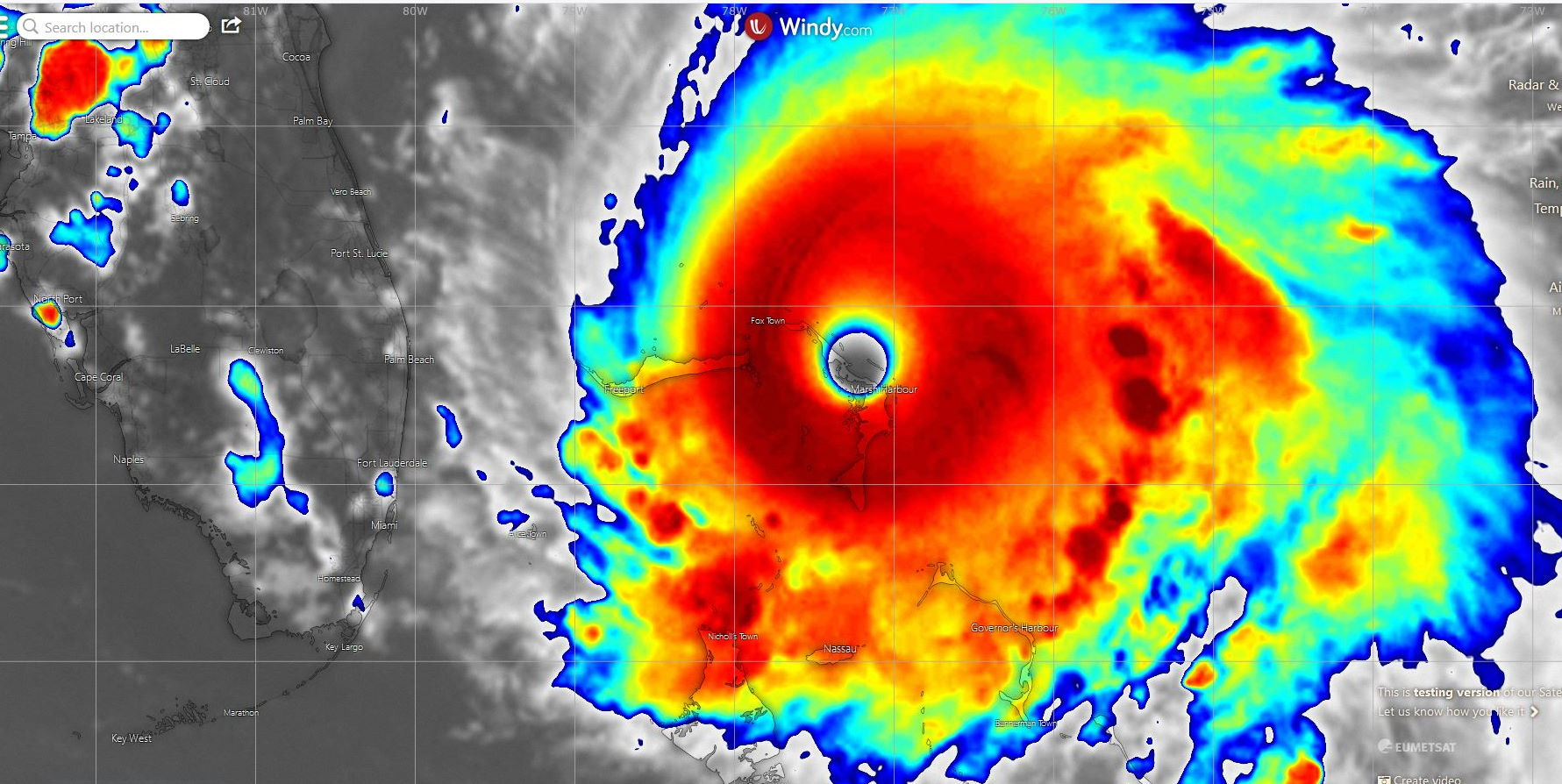 L'oeil de DORIAN au stade de cyclone très intense passe actuellement au plus près de Marsh Harbour/Bahamas.