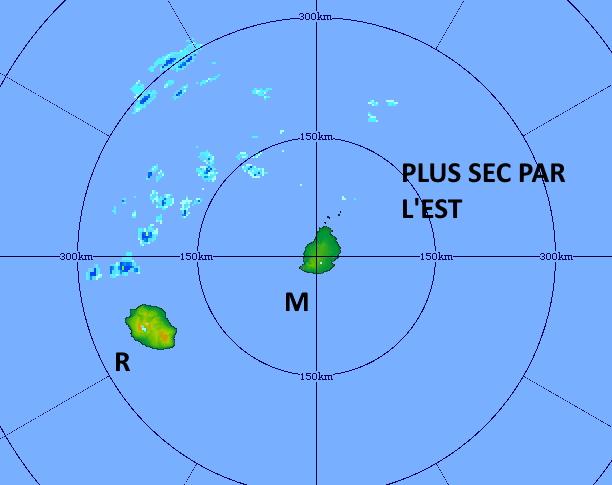 Les conditions deviennent moins humides par l'Est. Les nuages actifs transitent au Nord-Ouest de la RÉUNION. Radar de TAC/Maurice.Vendredi 12h41. MMS/Vacoas
