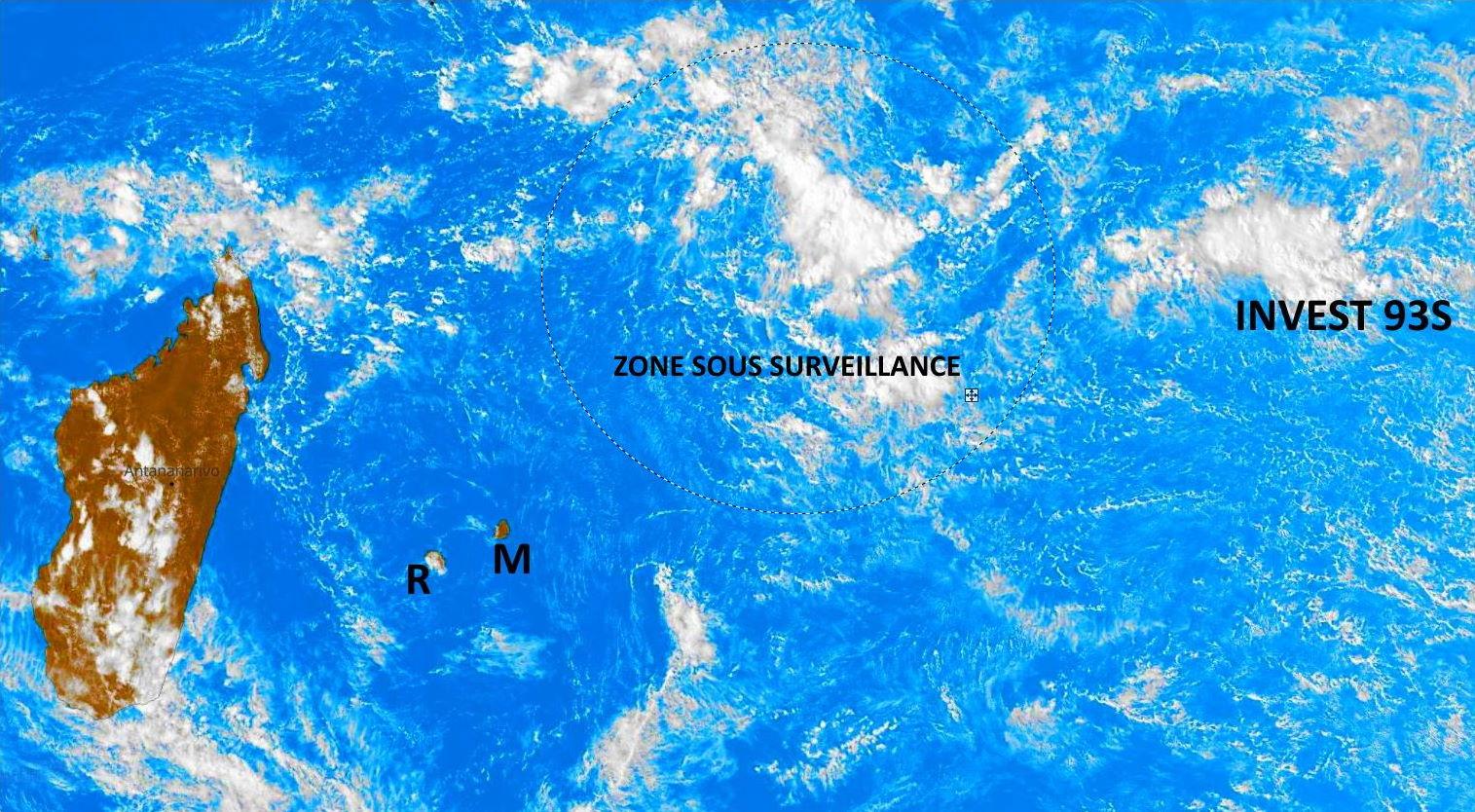 Photo satellite de 15h30. PH.