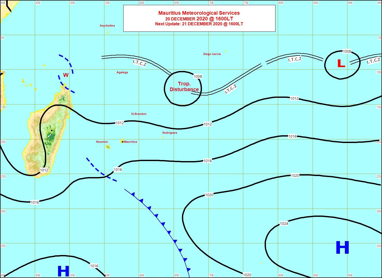 La Zone perturbée 95S est bien repérable sur la carte synoptique de la Météo Mauricienne émise à 16heures ce Dimanche. Plus à l'Est une autre zone suspecte, INVEST 93S ne montre pas de signes d'organisation pour le moment. MMS/Vacoas.
