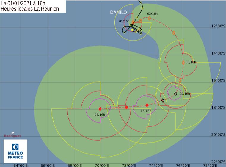 Prévisions de trajectoire et d'intensité pour DANILO(96S) émises par le Centre Cyclone de la Réunion à 16heures ce Vendredi. CMRS.