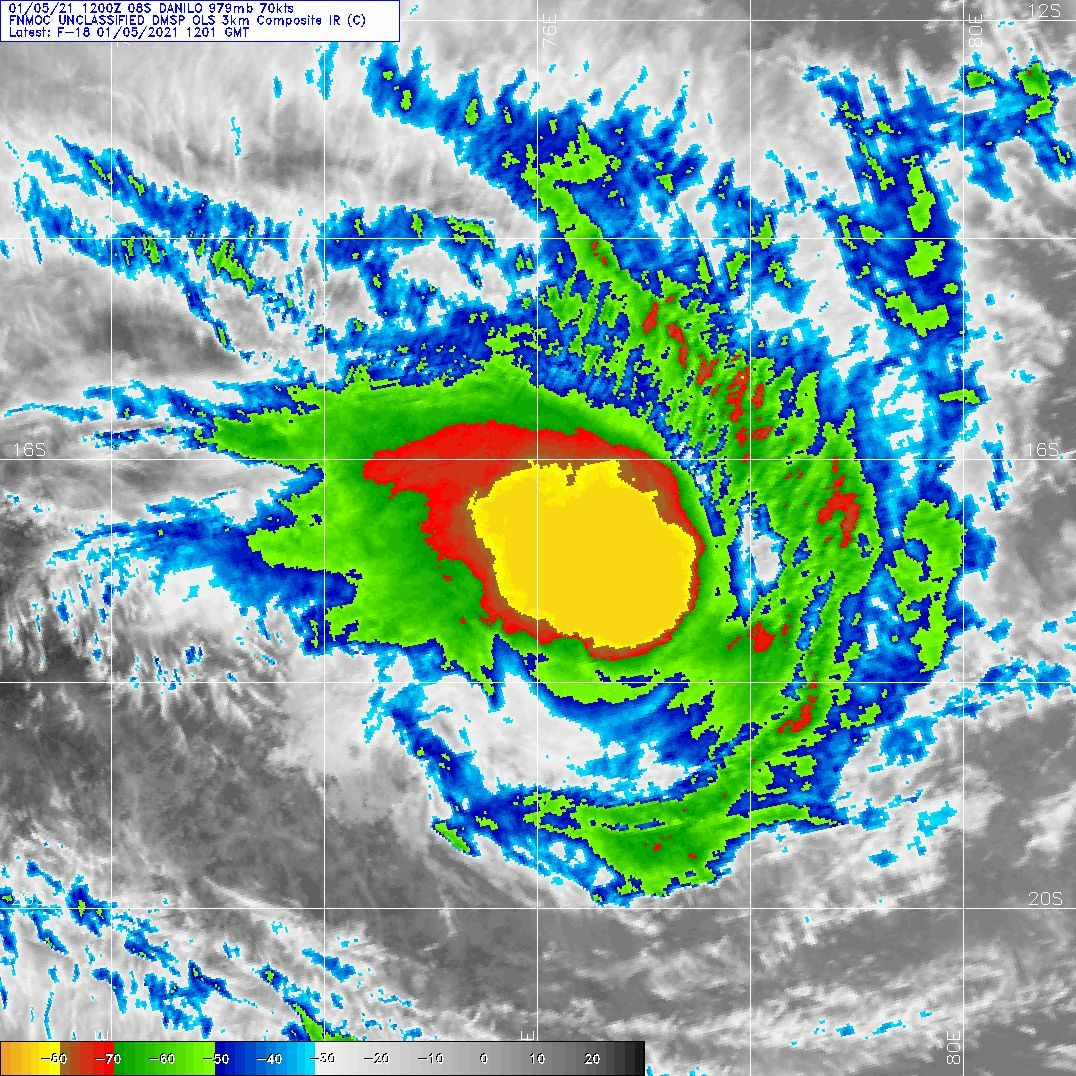 SATELLITE IMAGERY SHOWS THE SYSTEM HAS MAINTAINED COMPACT DEEP  CENTRAL CONVECTION WITH SHORT RAIN BANDS WRAPPED TIGHTER INTO THE  CORE.