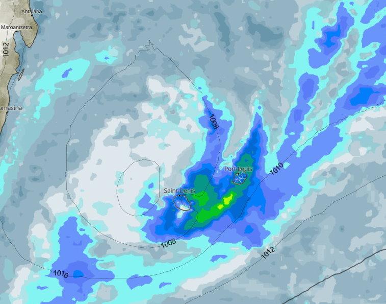 Le pic de l'instabilité pluvio- orageuse potentielle pourrait intervenir en soirée de Lundi et au cours de la nuit de Lundi à Mardi.