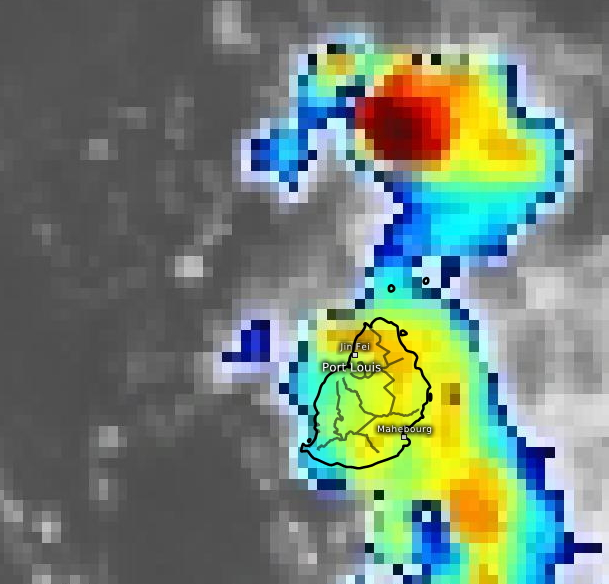 19/08h45. Des averses orageuses traversent MAURICE ce matin. Au même moment un cellule très active passe au large de Cap Malheureux avec des sommets nuageux lus à -82°Celsius. Eumetsat.