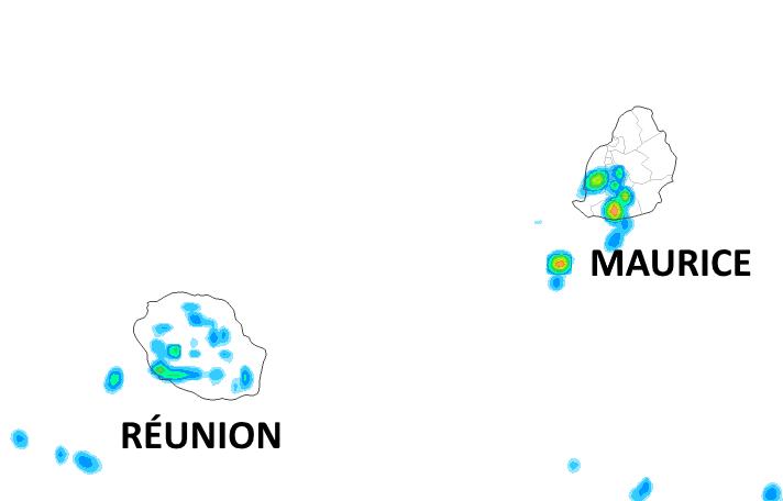 Les développements nuageux de la journée pourront donner quelques averses sur les pentes et l'intérieur de la RÉUNION et sur le quart Sud-Ouest de MAURICE cet après-midi. Arome. METEO FRANCE. MCIEL.