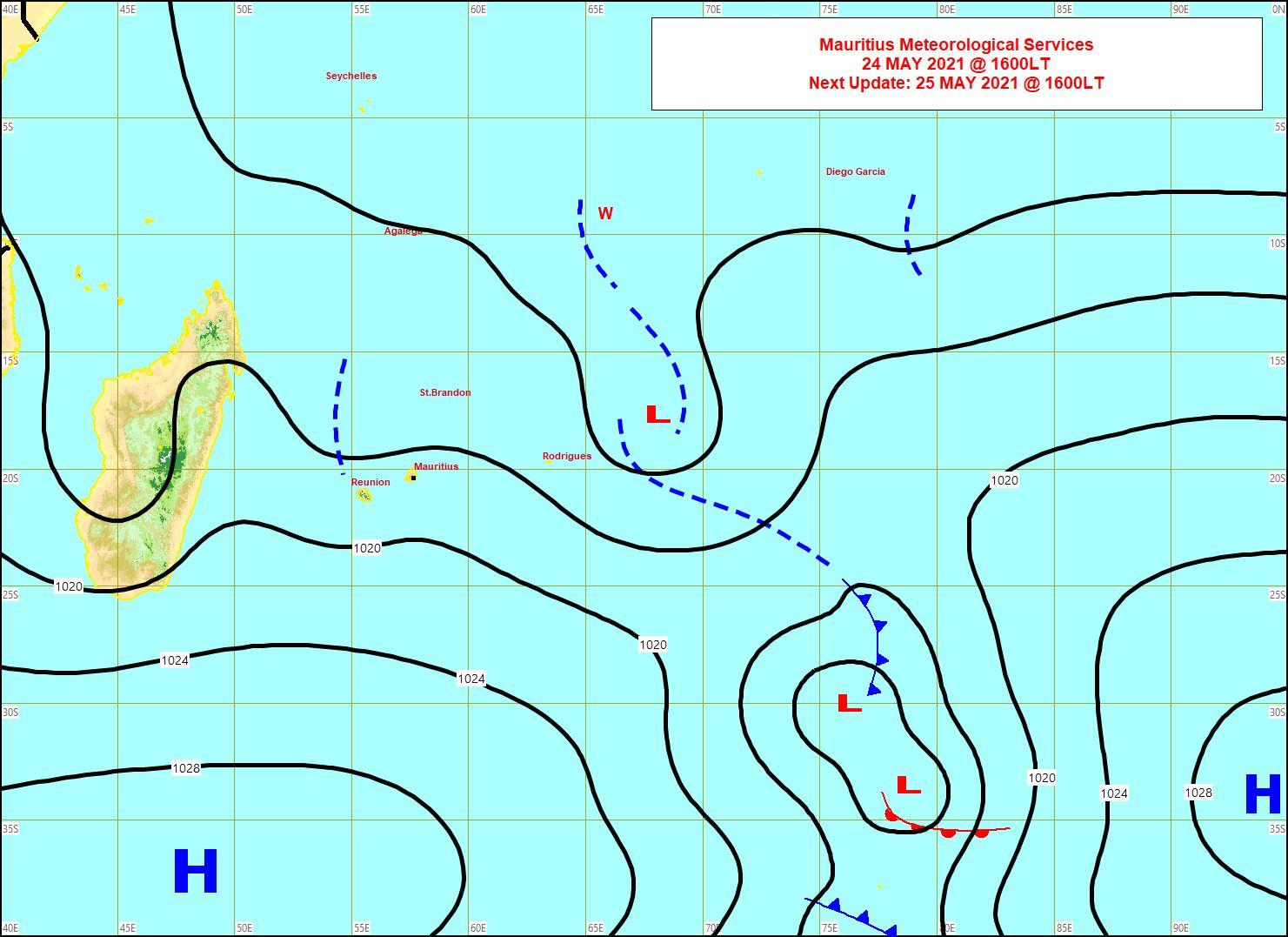 Analyse de la situation de surface ce Lundi à 16heures. Les alizés ont bien faibli sur MAURICE mais restent localement plus vigoureux sur le littoral de la RÉUNION. Carte MMS/Vacoas.