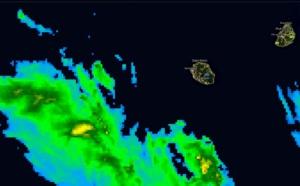 Réunion: les averses orageuses arrivent par le sud ouest cette nuit, Dimanche pluvieux prévu
