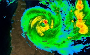 21UTC: TC TREVOR(20P) :extreme rapid intensification, landfall close to Lockhart as a Cat 3 US, rapid intensication expected over the Gulf in 48hours