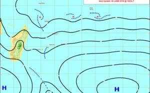 REUNION: dimanche calme, les alizés avec fortes rafales et vagues de 4mètres et plus reviennent à partir de lundi