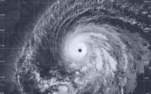 BARBARA(02E) still a powerful category 4 US but expected to weaken rapidly especially after 24hours