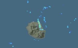 REUNION: l'alizé coupe l'île en deux, temps inclément au volcan, la tendance se maintient Jeudi et Vendredi