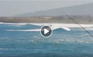 [VIDEO] Vigilance Forte Houle: le point à midi des Roches Noires et de Ravine Blanche