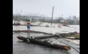 """[VIDEO] Le Super Ouragan """"DORIAN"""" sème le chaos aux Bahamas"""