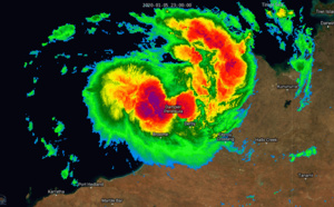 TC 06S named Blake, slowly intensifying and approaching Pardoo/WA