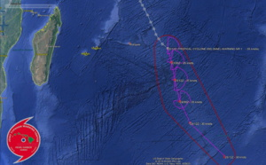 South Indian: 94S is now TC 09S far to the East of Rodrigues, not expected to intensify much